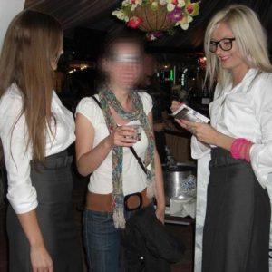 Hostessy - Promocja napoju alk.